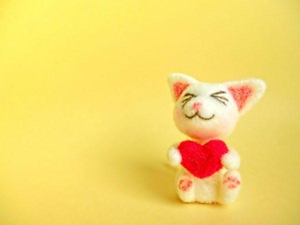 猫のマスコットキャラ